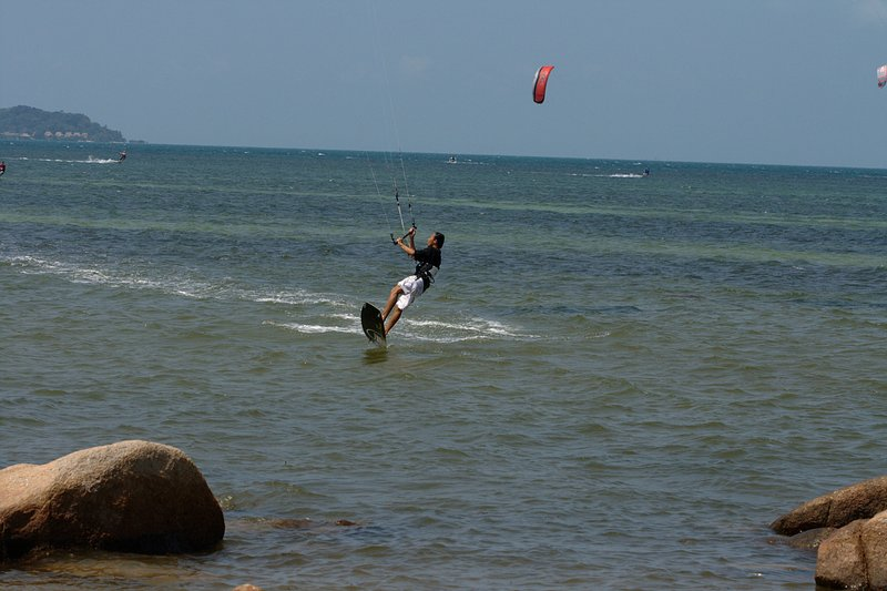 aug 02 6397 kite jump 4 gimp
