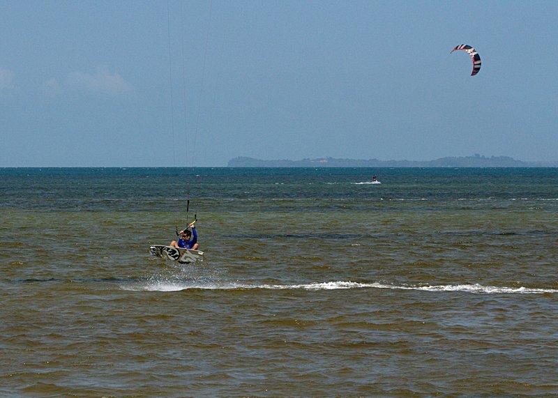 aug 02 6438 kite jump 1