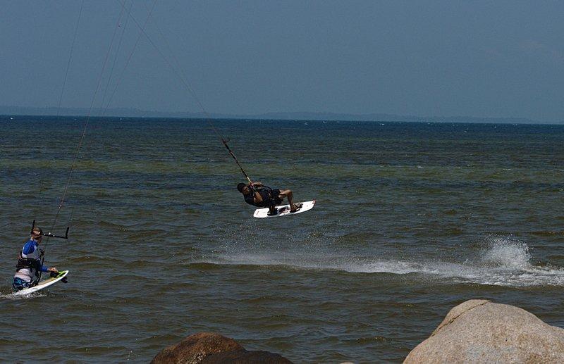 aug 02 6461 flying rocks