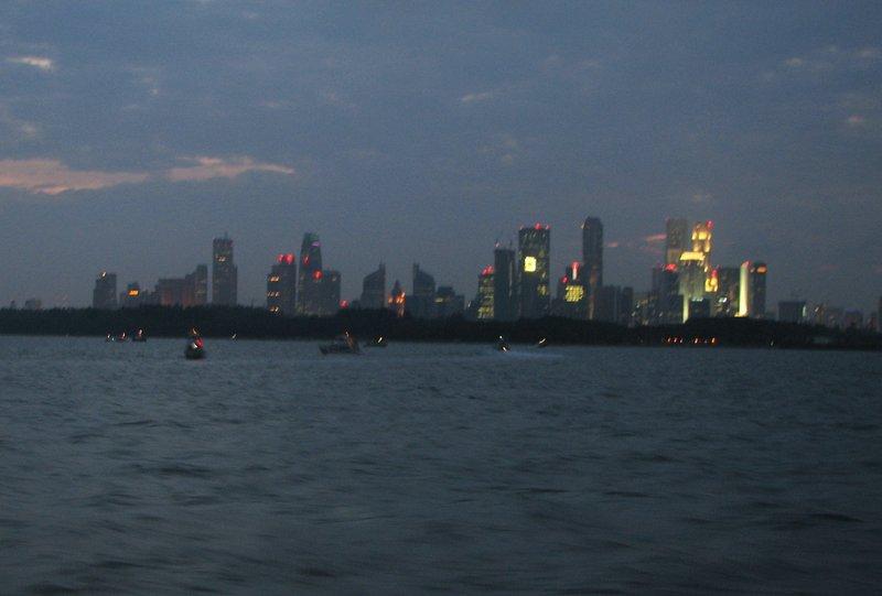 aug 09 6090 singapore blur