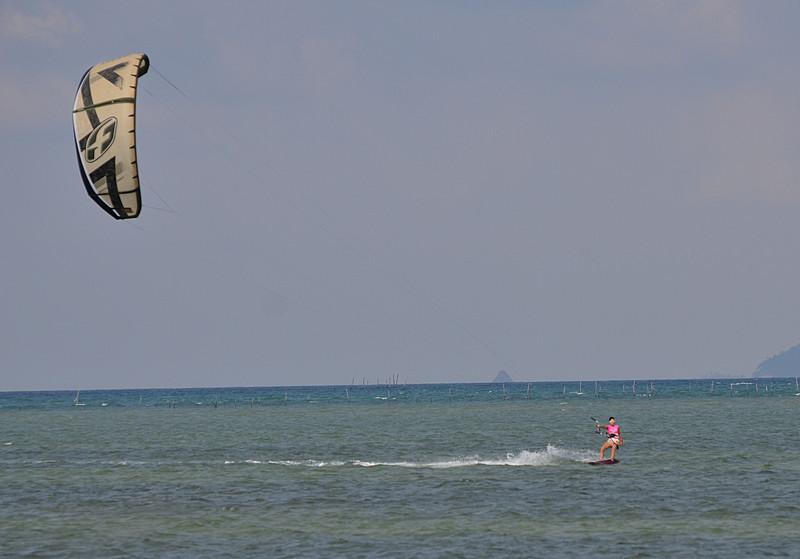 aug 25 9226 barb kite