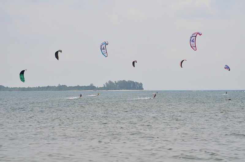 aug 25 9263 many kites