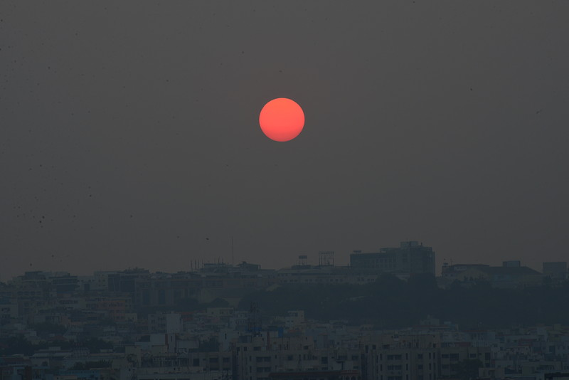 dec 01 2511 hazy sunset