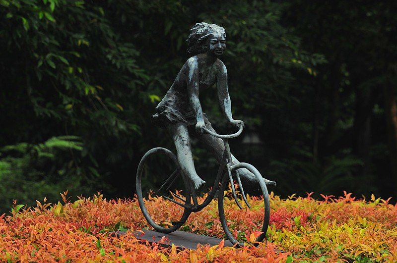 dec 12 8343 bicycle sculpture