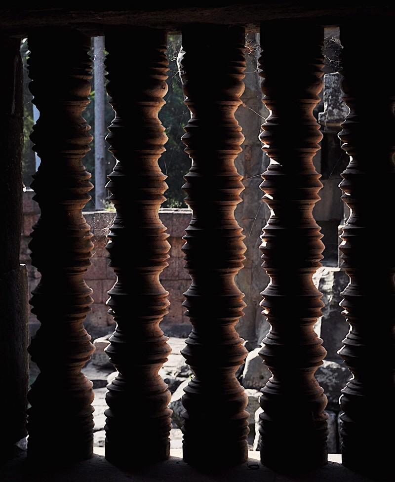 dec 23 2561 window bars