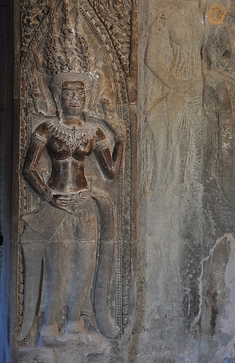 dec 23 2564 temple carving