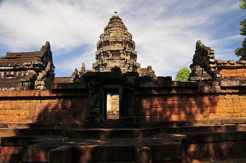 dec 23 4055 temple front