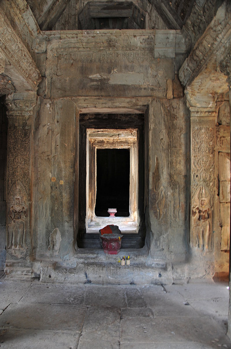 dec 23 4072 through temple door