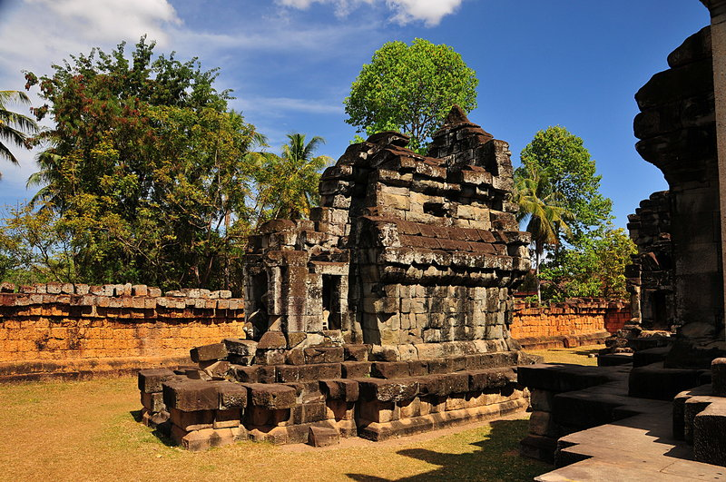 dec 23 4090 old temple