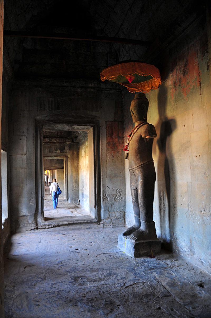 dec 24 4584 buddha doors