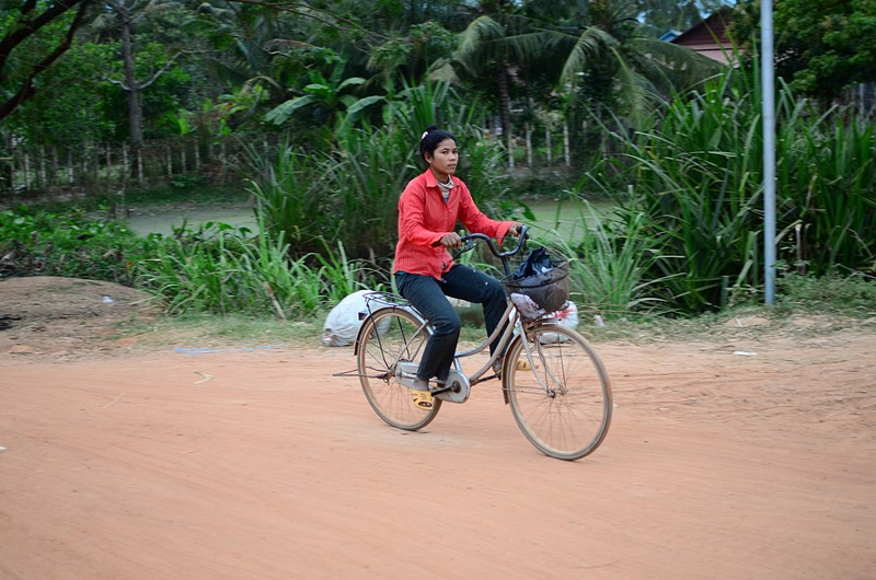 dec 24 8447 bicycle lady