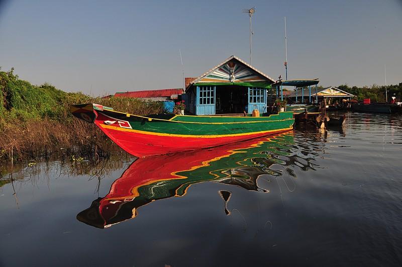 dec 25 3289 boat reflection