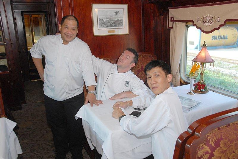 dec 26 0656 oe animated chefs
