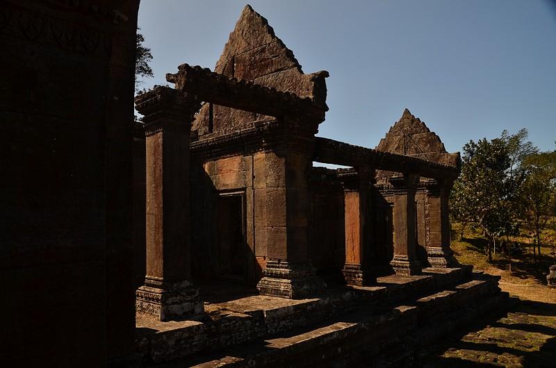 dec 27 0853 brown stone temple