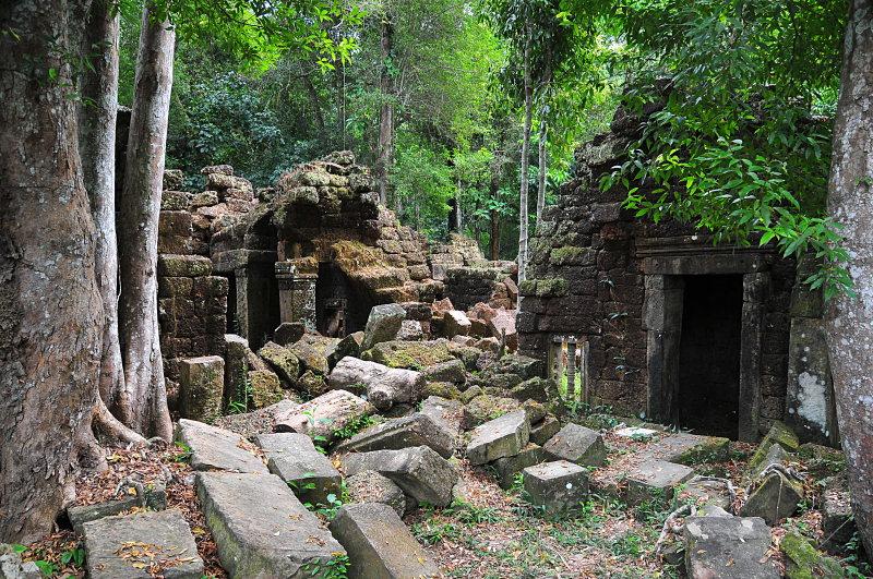 dec_27_6065_temple_ruins.jpg