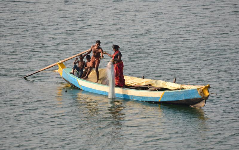 feb 10 8644 fishing family