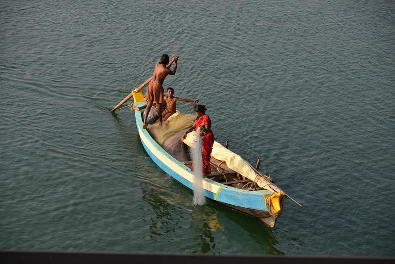 feb 10 8651 fishing family