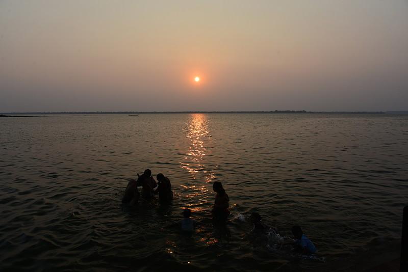 feb 10 8725 sunset bathing