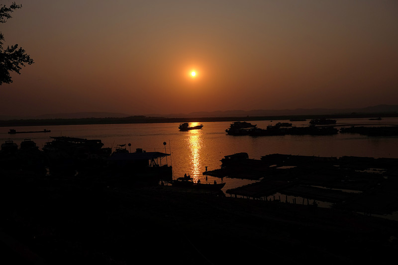 feb 19 4576 sunset