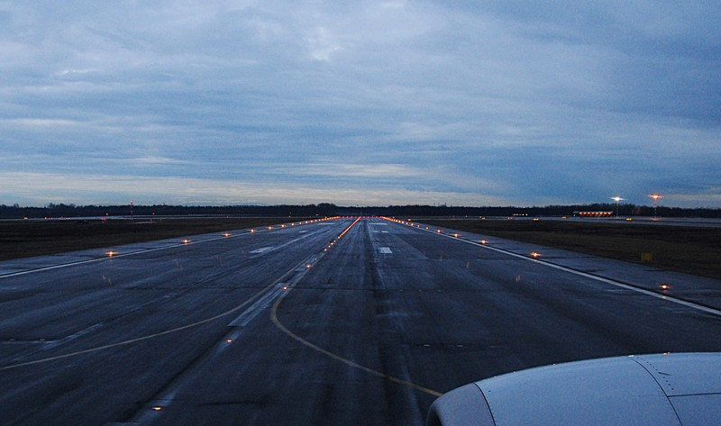 feb 20 6249 runway lights
