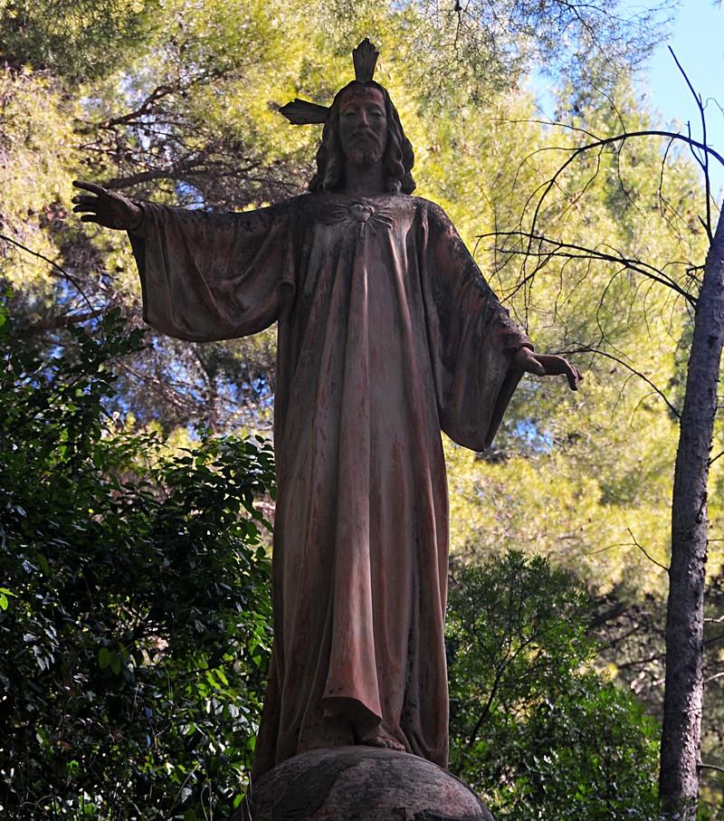 feb 20 7263 christ statue