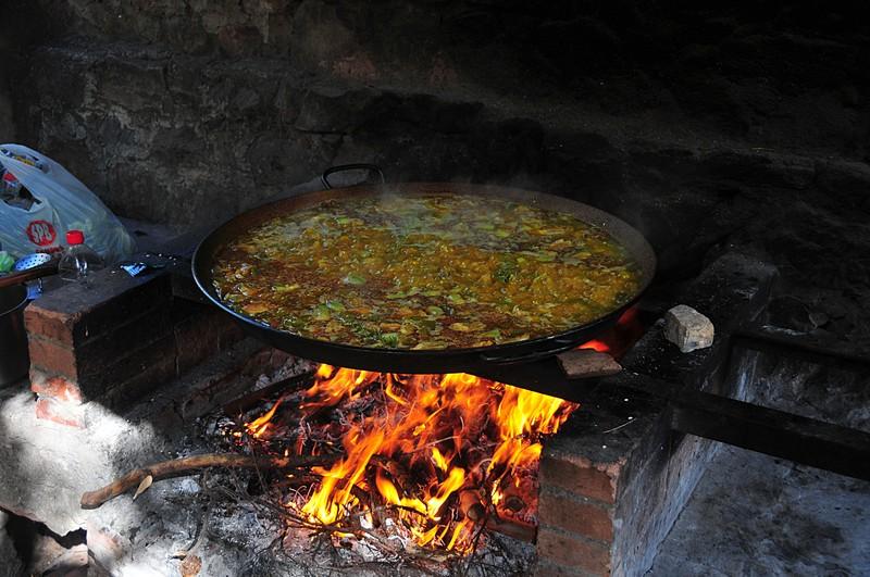 feb 20 7486 paella boiling