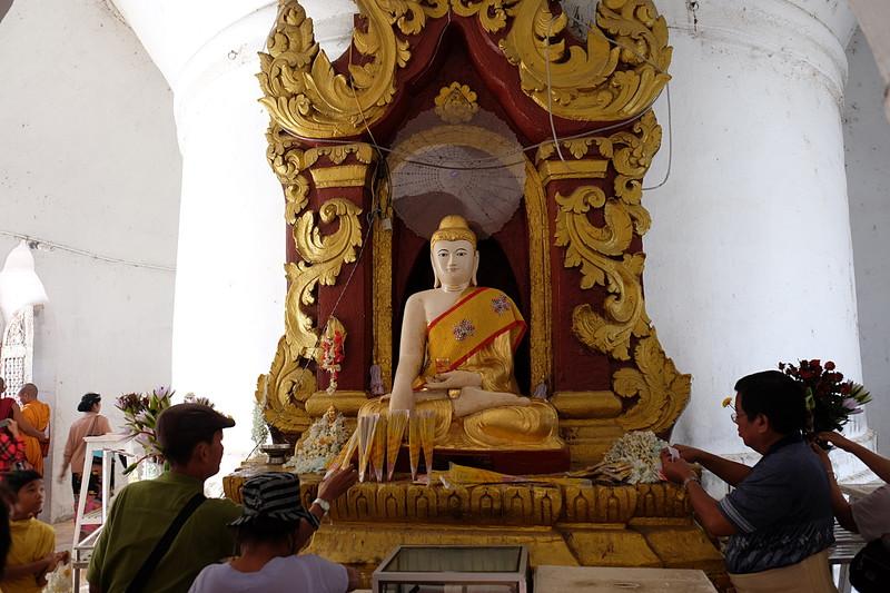 feb 21 5294 smiling buddha
