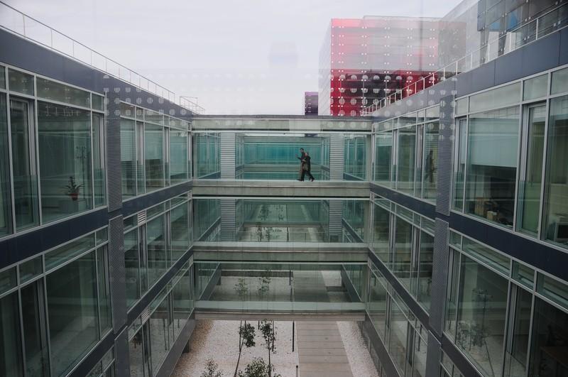 feb 25 6996 glass house