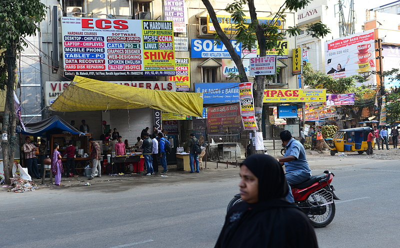 jan 12 6320 food stall setup