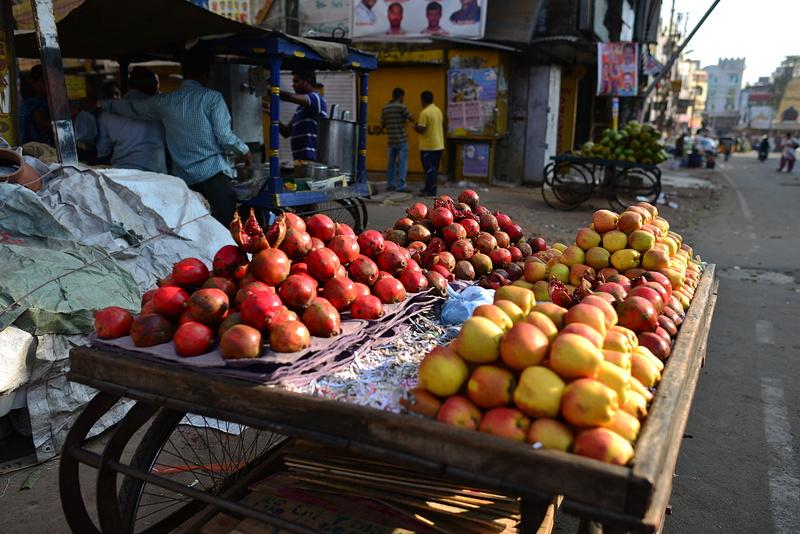 jan 12 6390 apple pomegranits