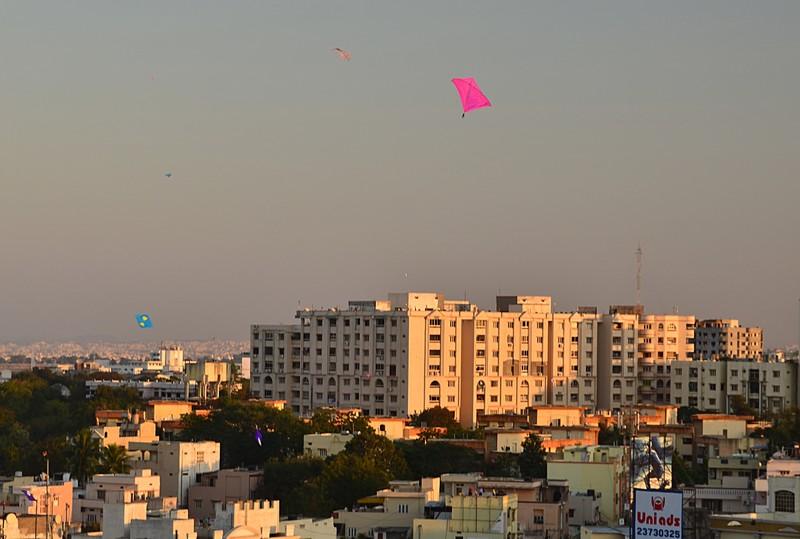 jan 15 4345 pink kite