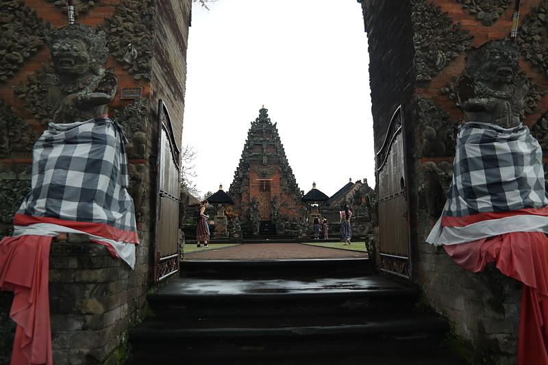 jul 25 1273 ubud temple