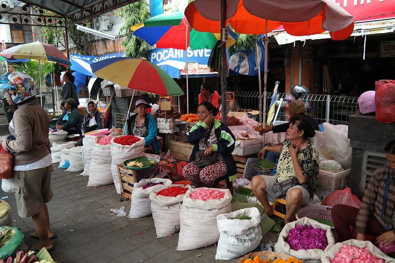 jul 25 1325 denpasar market