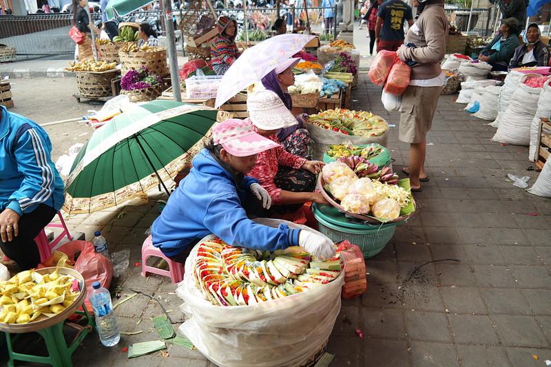 jul 25 1326 denpasar market