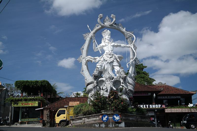 jul 25 1363 ubud traffic statue