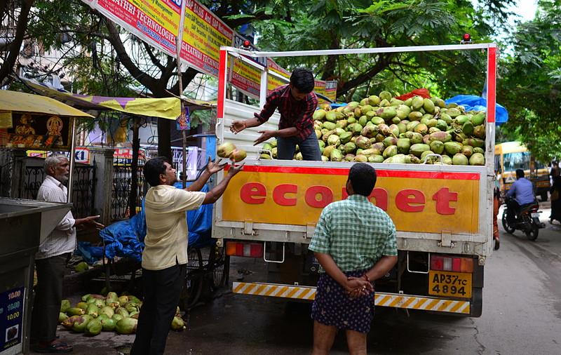 jul 27 2299 unload coconuts