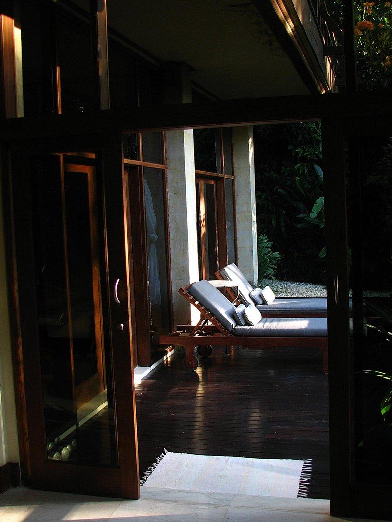 jul 30 5832 morning porch