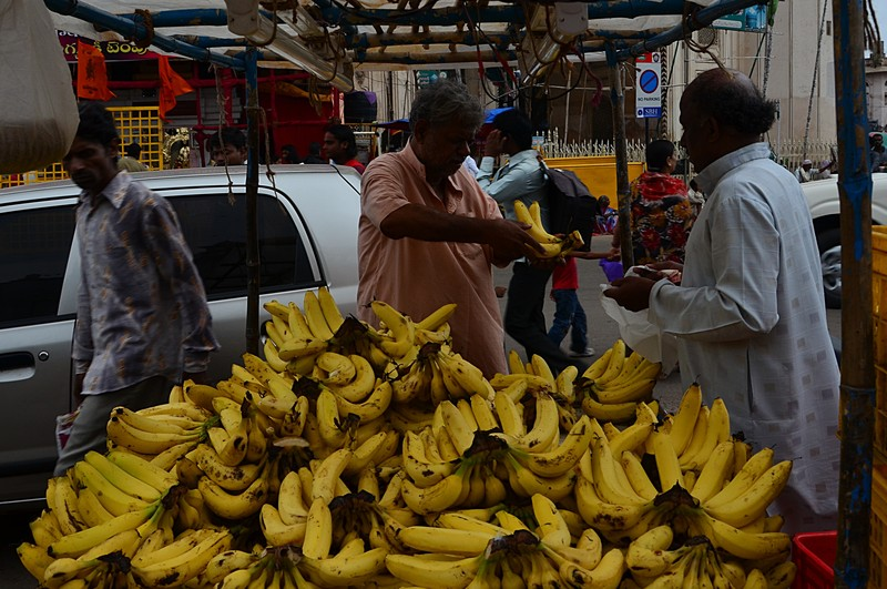 jul 31 2242 banana sale