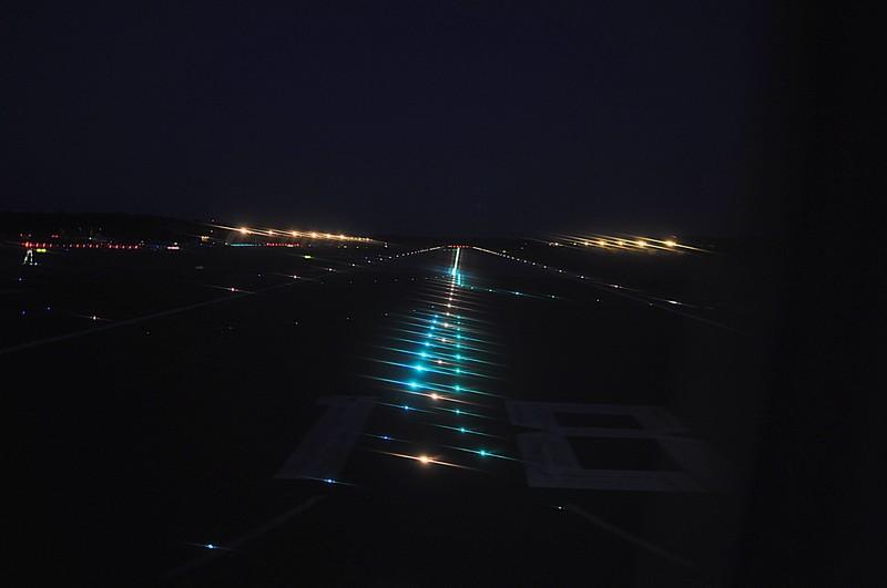 jun 05 6751 fra departure runway