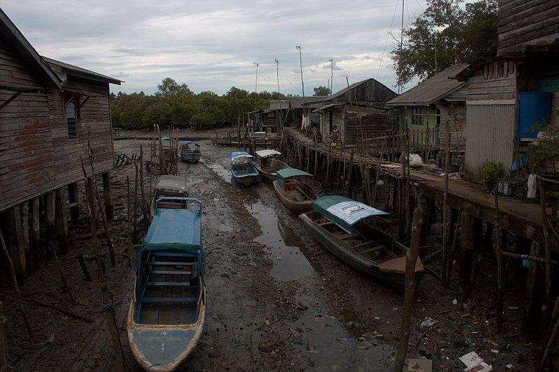 jun 08 4692 boats low tide