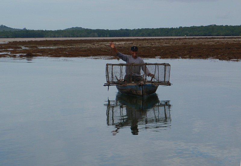 jun 09 0728 happy fisherman