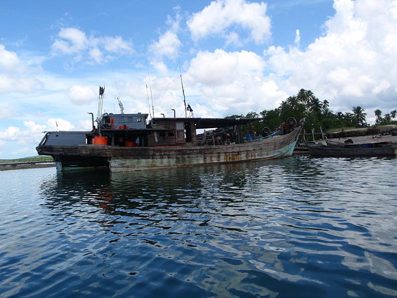 jun 09 1121 fishing boats