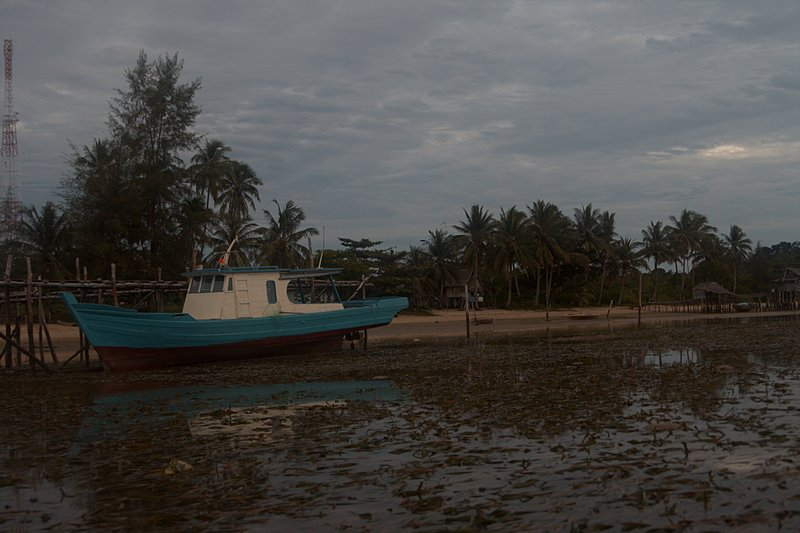 jun 09 5011 morning boat