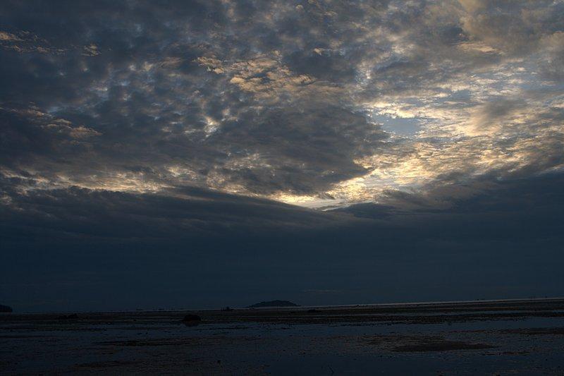 jun 09 5059 morning clouds