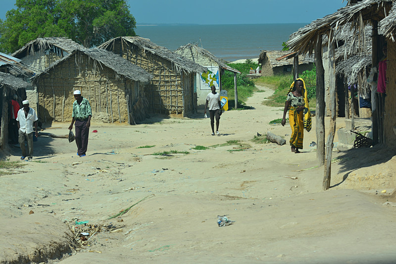 jun 13 3831 nganje or neotepe village by sea