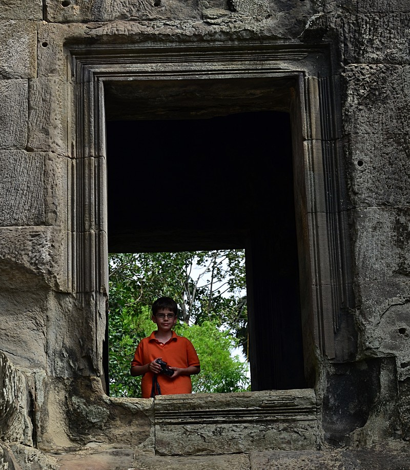 jun 23 8969 maxwell temple window & Photo Essays