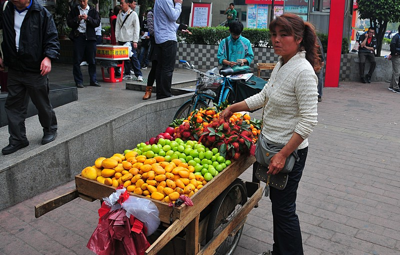 mar 06 9603 street fruit