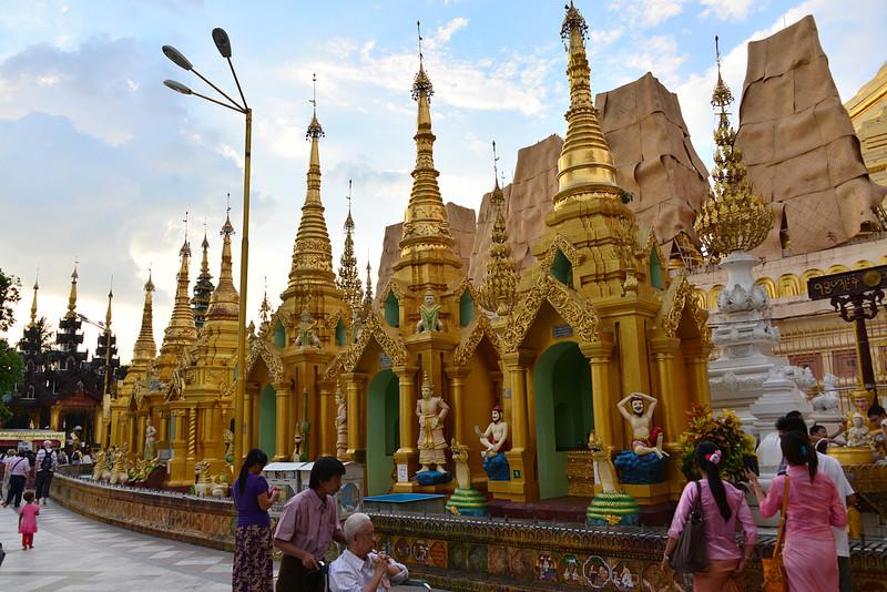 mar 07 0413 pagoda figures
