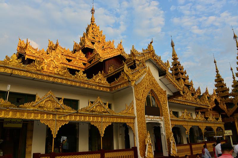 mar 07 0535 golden pagoda
