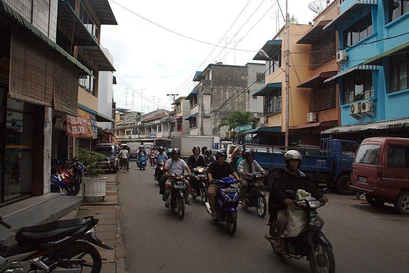 mar 07 0600 tangung pinang street